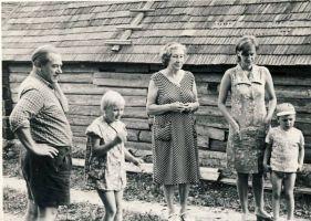 Osvald Tooming koos perega,11.07.1971. RM F 1308:7, SA Virumaa Muuseumid, http://www.muis.ee/museaalview/1404801.