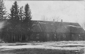 Foto: autor ??? umbes aastal 1920. Mairol Kausi erakogu.