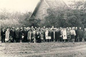 Liiguste kooli lõpetajate kokkutulek, RM F 771, SA Virumaa Muuseumid, http://www.muis.ee/museaalview/1714550.