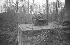 Varangu vesiveski vesiväravate mehhanism, 1998. EVM N 384:277, Eesti Vabaõhumuuseum EVM, http://www.muis.ee/museaalview/2173880.