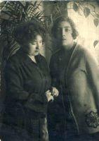 Ludmilla Lillakas koos õega, RM F 525:5, SA Virumaa Muuseumid, http://www.muis.ee/museaalview/1809716.