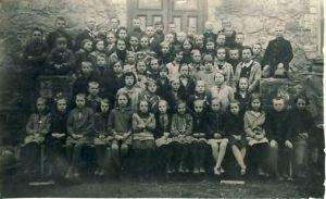 Laekvere kooli õpilased, RM F 1421:9, SA Virumaa Muuseumid, http://www.muis.ee/museaalview/1323052.