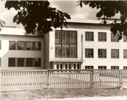 Rakke Keskkool. Foto: Helmut Joonuks, 1962. RM F 1175:40, SA Virumaa Muuseumid, <a href=