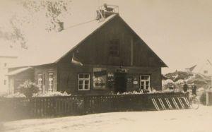 M. Sillotsa sünnikoht, Rakke postkontor, 8.06.1967. Eesti Kirjandusmuuseum.