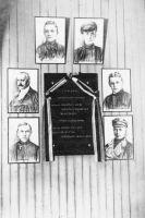 Foto: Vabadussõja mälestustahvel Rakvere Poeglaste Gümnaasiumis, ERM Fk 2813:388, Eesti Rahva Muuseum, http://www.muis.ee/portaal/museaalview/546204