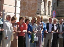 Foto: autor???  Mälestustustahvli avamine 1.06.2006.