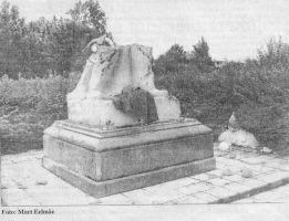 """Foto: Mart Eelmäe, ajaleht """"Virumaa Teataja"""", 16.08.1994."""