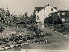 Simuna kooli aed, RM F 958:10, SA Virumaa Muuseumid, http://www.muis.ee/museaalview/1661138.