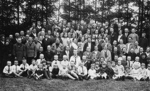Emadepäev, 1931. Karepa raamatukogu kogu.