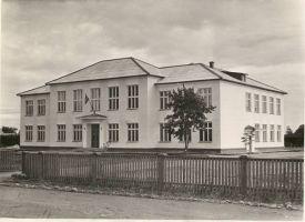 Vaade Tudu koolimajale, RM F 355:35, SA Virumaa Muuseumid, http://www.muis.ee/museaalview/1880121.