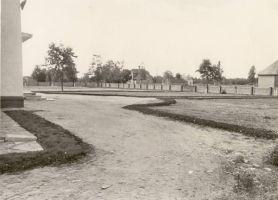 Vaade Tudu koolimajale, RM F 355:22, SA Virumaa Muuseumid, http://www.muis.ee/museaalview/1880002.