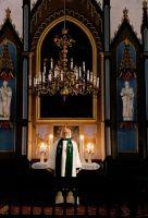 Pastor Madis Oviir, Viru-Jaagupi kirikus, IM F 2444:4, Iisaku Kihelkonna Muuseum SA, http://muis.ee/museaalview/2289169
